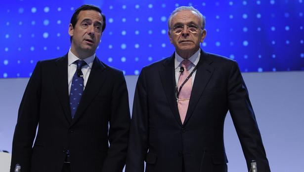 Gortázar y Fainé en la última junta de La Caixa