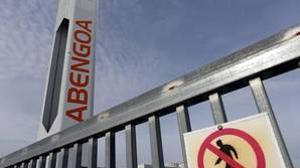 Abengoa, en caída libre: registró unas pérdidas de 3.689 millones en el primer semestre