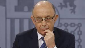 El Gobierno repartirá 10.489 millones de euros a las autonomías adscritas al FLA