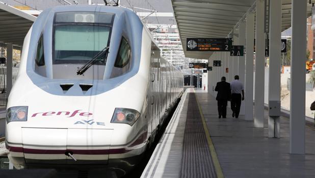 Tren de alta velocidad en Alicante