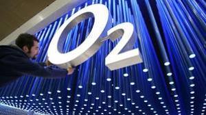 Telefónica planea abrir la salida a Bolsa de su filial británica a pequeños inversores