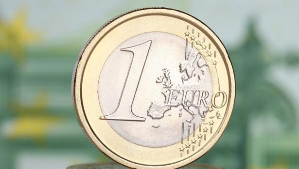 «El ahorro no debe ser lo que nos sobra al final de cada mes», apunta Raimundo Martín