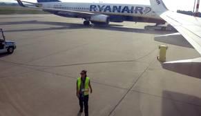 Ryanair contratará 2.000 tripulantes de cabina, 1.000 pilotos y 250 ingenieros en 2017