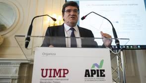 La Autoridad Fiscal cree que España cumplirá el objetivo de déficit en 2016