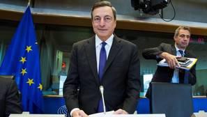 Draghi abre la puerta a ampliar el programa de compra de activos «más allá de marzo de 2017»