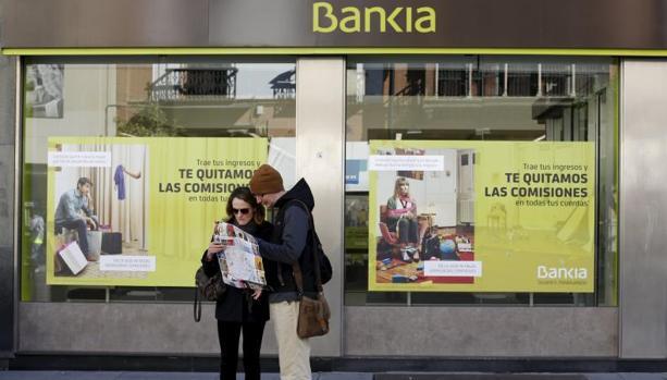 Qué hacer con los bancos que controla el FROB