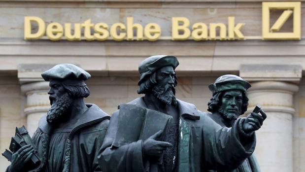 «Financial Times» sostiene que Caixabank no tuvo el mismo trato que la entidad alemana