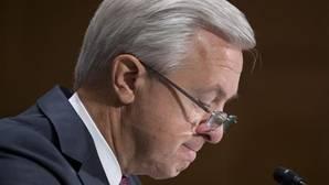 El consejero delegado de Wells Fargo dimite por el escándalo de las cuentas falsas