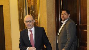 Hacienda avisa a 14 comunidades por endeudarse más de lo previsto hasta junio