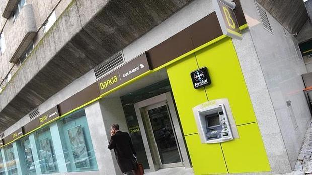 Mapfre es ahora mismo el distribuidor exclusivo de seguros en la red de oficinas de Bankia