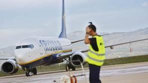 Ryanair reduce sus previsiones de beneficios para 2017 en un 5% por el «Brexit»