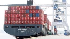 El nuevo récord de las exportaciones reduce el déficit comercial un 31,6% hasta agosto