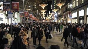 Las grandes superficies contratarán a 22.000 personas para la campaña de Navidad