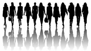 «Las mujeres siguen delegando en los hombres la gestión de su dinero»