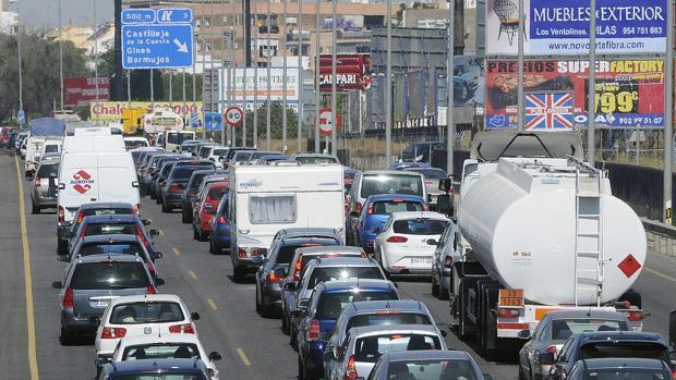 El año pasado la DGT denunció a 50.000 conductores por circular sin seguro