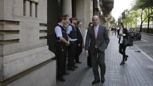 De Guindos asegura que España cumplirá «holgadamente» el objetivo de déficit