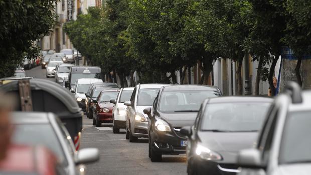 En España circulan actualmente 29,8 millones de coches asegurados