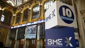 El Ibex 35 cierra con una leve caída del 0,4% y mantiene los 8.900 puntos