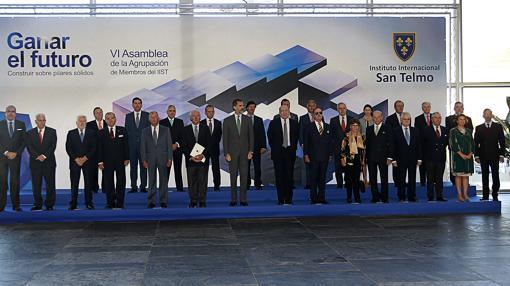 Imagen de los asistentes a la VI Asamblea de la Agrupación de Miembros de la escuela de negocios San Telmo
