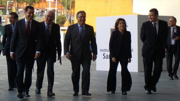 La vicepresidenta del Gobierno, Soraya Sáenz de Santamaría, llegando este viernes a Fibes