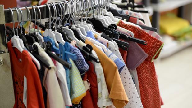 El precios de los vestidos y el calzado se disparó un 10,6 por ciento durante octubre