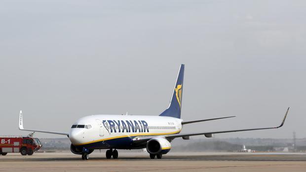 Ryanair ofrecerá vuelos a diez euros durante el lunes para celebrar el «Cyber Week»
