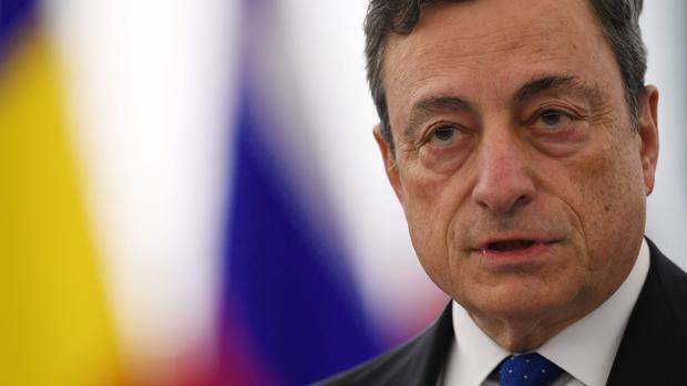 Mario Draghi defiende en la Eurocámara la gestión del BCE