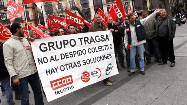 Concentración de trabajadores de Tragsa en la plaza de Zocodover, en Toledo