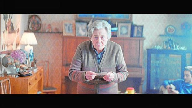 Carmina, una maestra que es la protagonista de la campaña publicitaria del Sorteo Extraordinario de la Lotería de Navidad de este año