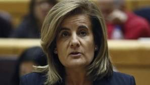 Báñez: «Nadie a jornada completa cobra por debajo de los 655 euros porque sería ilegal»