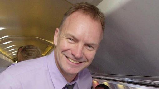 El cantante británico Sting también voló en el Concorde