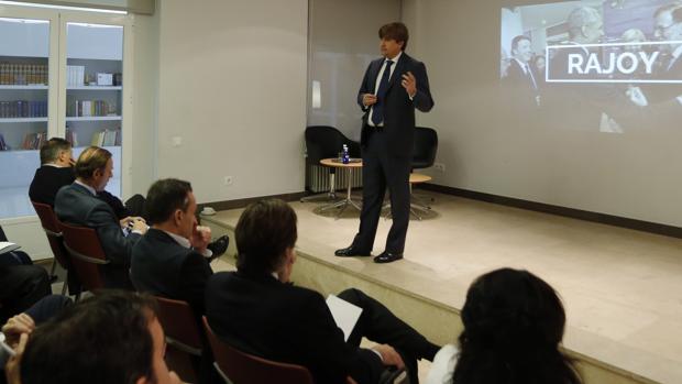 José Ramón Iturriaga, este lunes durante su conferencia en Abante Asesores