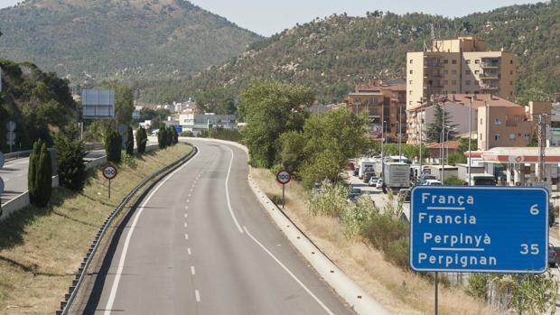 La autopista AP-7 a su paso por La Jonquera