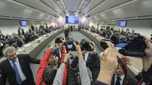 Acuerdo histórico para reducir la oferta de petróleo en los mercados