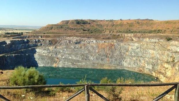Una de las cortas de lla mina de Aznalcóllar