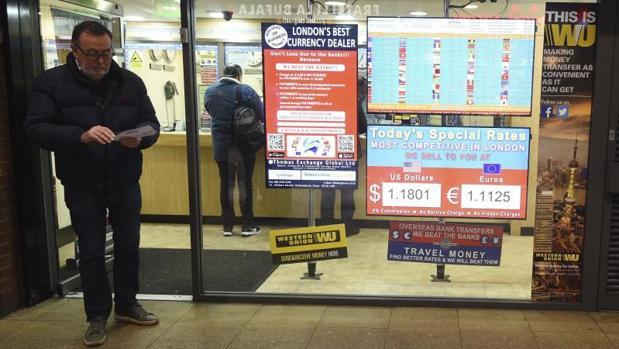 Oficinas de cambio de divisas en londres bureau de change london - Oficina de cambio barcelona ...