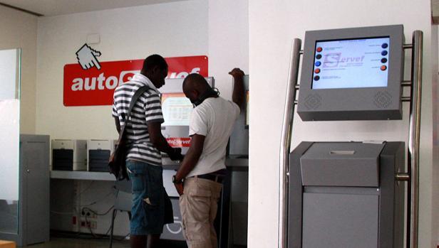 La seguridad social afilia a extranjeros en for Oficina de empleo cadiz