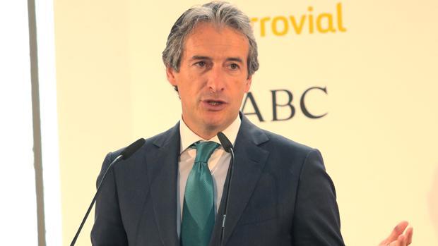 El ministro de Fomento, durante su intervención en el Foro ABC