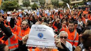 Los estibadores mantienen su calendario de huelgas