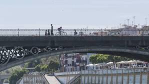 Sorpasso de las viviendas turísticas a los hoteles en Sevilla