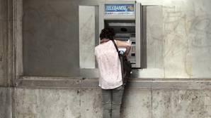 En la anterior legislatura, el PP aprobó un impuesto directo estatal sobre los depósitos bancarios