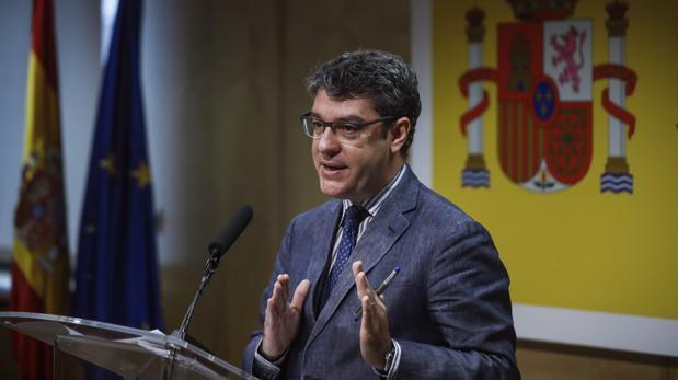 Álvaro Nada, ministro de Energía