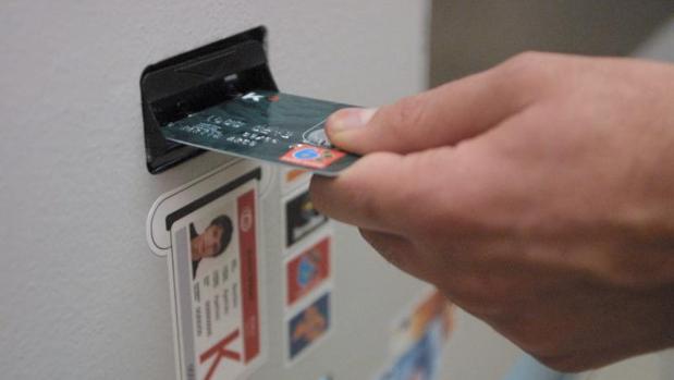 ¿Cómo evitar los descubiertos bancarios en verano?