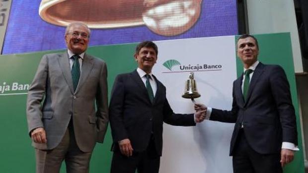 La cúpula de Unicaja Banco, el pasado junio durante la salida a Bolsa de la entidad