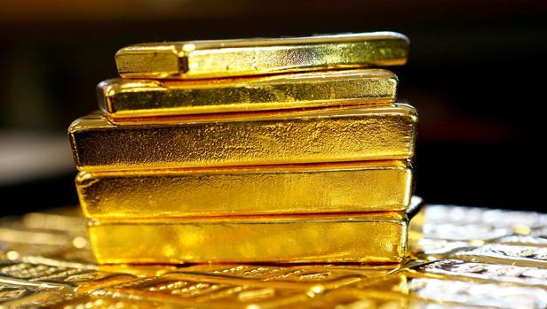 Lingotes de oro en la planta austríaca de Oegussa