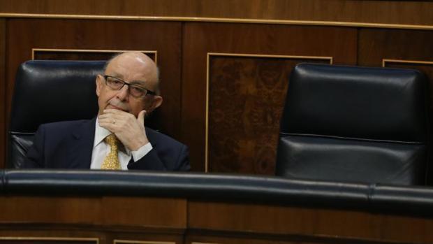 Hacienda pagará directamente a proveedores y servicios públicos de la Generalitat