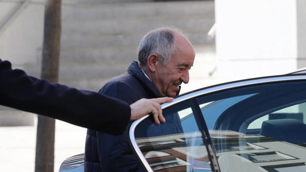 Miguel Ángel Fernández Ordóñez, el pasado marzo, en la Audiencia Nacional