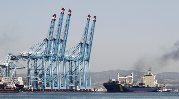 Contenedores en el Puerto de Algeciras (Cádiz)