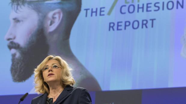 El comisaria europea de Política Regional, Corina Cretu
