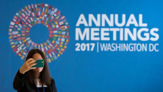 El FMI destaca que las entidades han fortalecido su rentabilidad al reorientar su modelo de negocio